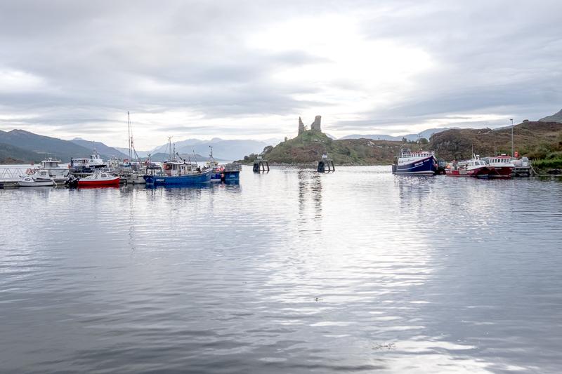 Castle Moil, Isle of Skye   © individualicious