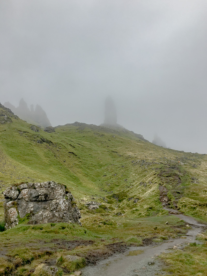 The Old Man of Storr, Isle of Skye | © individualicious