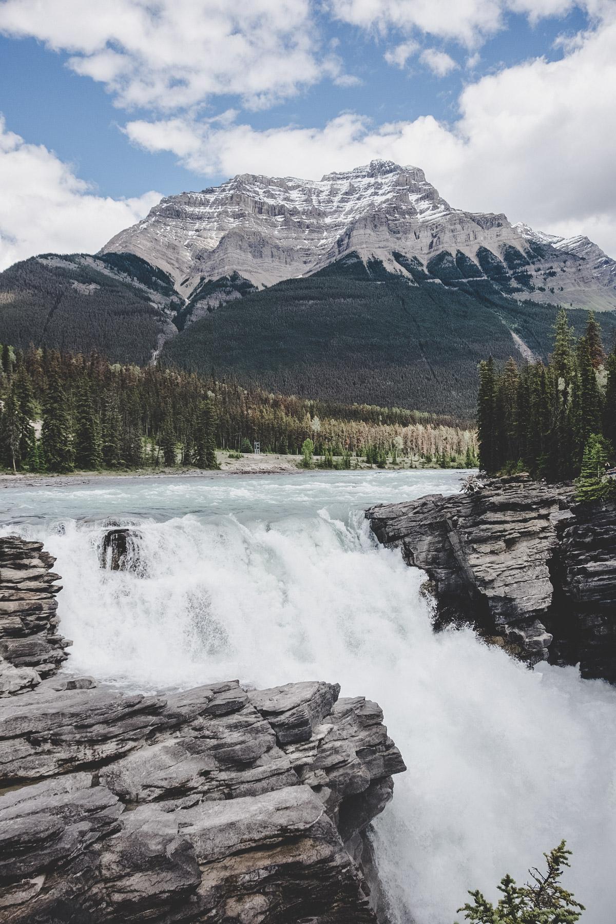 Athabasca Falls | © individualicious